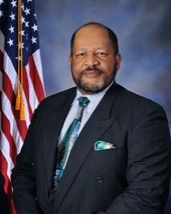 Picture of Commissioner Roy Tyler